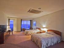 ロイヤルスイート ベッドルーム一例