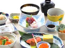*【朝食一例】地元余市や後志の食材を中心にした和食膳をご用意いたします。
