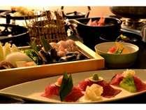 冬の味覚「ふぐのてっちり」と神内和牛あかを使用した「炙り寿司」会席