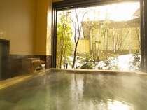 貸切風呂【萬葉の湯】 雪景色