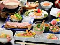 <春 和会席一例>季節の旬の食材をふんだんに使用した特別会席です。