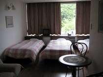 【フォーベッドルーム例】ベッドが4つ、家族連れ様やグループの方に◎