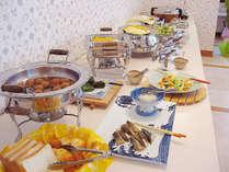 【ご朝食】ご飯は「つや姫」!和洋のバラエティに富んだメニュー(日替わり)をご用意いたします。