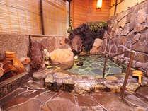 【貸切風呂】広くはありませんが、お湯は本物!100%掛け流しです。