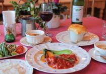 全6皿の欧風コース料理。信州産のワインとご一緒にいかがですか?