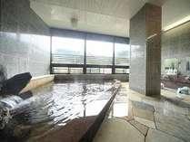 大浴場。鬼怒川温泉は神経痛・リューマチ・外傷等に効果がある単純泉です。
