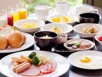 【約50種類以上の和洋メニュー】バランスを重視した朝食ビュッフェバイキングは1日の元気の源!!