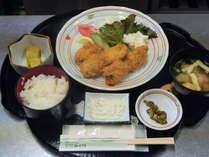 おまかせ定食(一例;カキフライ定食)