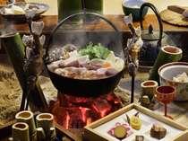 ★猪鍋★味噌仕立の大鍋を囲炉裏でほっこりプラン