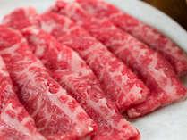 *【夕食一例】栃木県産黒毛和牛すき焼き。板長特製の割り下旨味たっぷり!