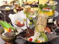 【お部屋食/しらら優雅会席】伊勢海老お好み料理、牛、鮑を含む特別会席料理