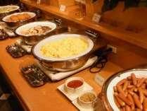 家庭的な料理が評判♪成田菊水ホテルの朝食です。