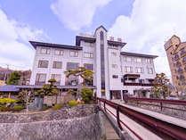 *大阪から50分!川西最大級!7種類の温泉と2種類のサウナが堪能できる温泉旅館。