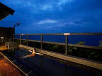 ★天然温泉「癒湯」露天風呂:夜もまた格別!天気がいい日は星空をお楽しみ頂けます