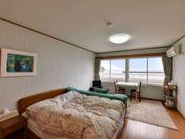 *【部屋/洋室ダブル】カップル・ご夫婦に人気のダブルベッドのお部屋となります。