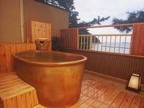 ■露天風呂付客室(イメージ・お部屋の確約は不可)/海景色に癒されて