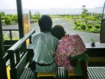 ■萩の癒しスポット『菊ヶ浜一望☆足湯』/ゆったり癒されるふたりだけの贅沢♪