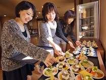 【Wellcomeプチ☆ケーキバイキング】女性・お子様に好評♪コーヒーも無料(15時~19時)