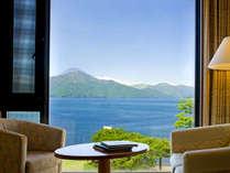 スーペリアツインルームからの景色。天気が良いと富士山もご覧いただけます♪