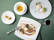 箱根ホテル自慢のフランス料理をお楽しみください!