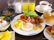 朝食バイキングのイメージでございます。料理内容などは異なる場合があります。