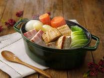 朝食料理一例(フランスの伝統的な家庭料理 ポトフ)