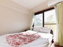 *本館(2LDK/一例)独立したベッドルームがございますので、気兼ねなく過ごせます。