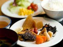 ■朝食:和食も充実!手作りメインのあ~ったか朝食バイキングは6:30~