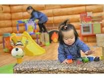 【キッズスペース】積み木などおもちゃも充実♪