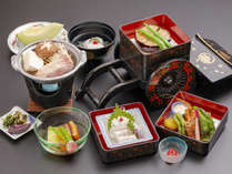 京の夏の味覚、ハモと、伝統の京野菜が出会う夏会席