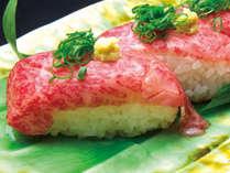 霜降りの秋田錦牛を軽く炙って、口の中でとろける食感の炙り寿司。