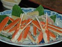 いくらでも食べれてしまう蟹!火を通すと鮮やかなオレンジ色に早代わり!