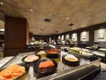 【朝食ビュッフェ】広々としたビュッフェコーナー