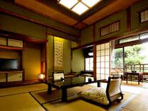 和の温かみのある木造棟の和室。