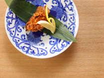 和の心を盛り込んだ会席料理は、調理人が一品一品創意工夫を凝らして調理。季節の味覚をお楽しみください