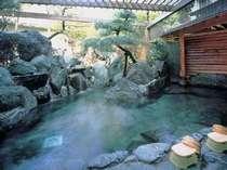 [写真]八湯十快のひとつ観音の湯:露天風呂