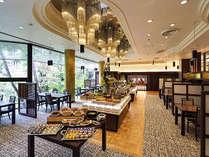 ご朝食は和洋50種類以上から選べる『こだわりの鉄人ビュッフェ』をお召し上がりください