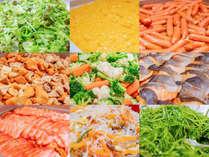 レストラン[樹林]のご朝食は種類豊富な和食・洋食をブッフェ形式でお楽しみいただけます♪
