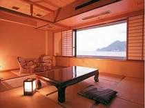 海側のお部屋から日本海を一望、全室バストイレ付