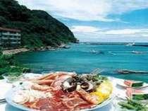 海辺で食すバーベキューは最高っ!!