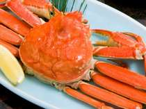 湯がにをまるまる1杯!ほぐしながら食べるのも蟹の楽しみ♪