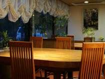 売店に併設された喫茶『グリルアルグ』。食後に珈琲なんていかが?