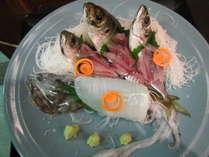 釣果に合わせて料理させていただきます。