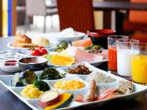 一日の元気をチャージする朝御飯は島の素材をたっぷり用いた和洋充実のブッフェを(写真はイメージ)