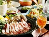 【いのしし鍋を食す】山の幸を豊富に創作料理を堪能!