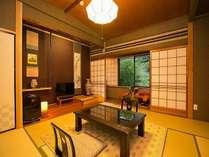 ◆◇濃紫の壁が引き立つ本館【桃山】1泊2食付◇◆