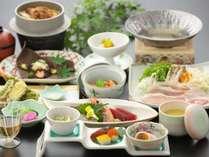 開華亭スタンダードの鰻の釜飯付き会席料理一例