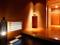 【Gタイプ:漱石】白雲荘随一の離れ部屋、『漱石』。扉の向こう側は、もう別世界♪