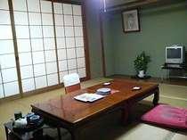 本館和室は8帖~13帖でご用意しております。