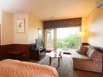 ■アネックス テラスと半露天風呂付きのお部屋でごゆっくり